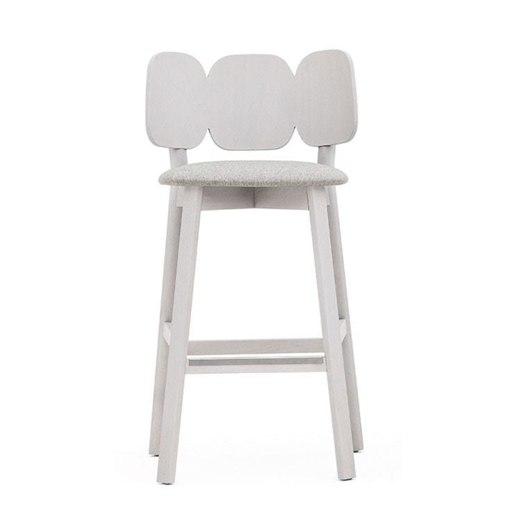 Mafleur 04282, Stool with back characterized by a harmony of curves