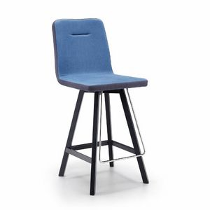 Sally-SGW, Stool in wood, upholstered