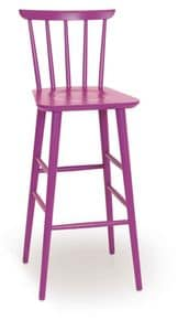 SG 200, Stool entirely of wood, in different colors