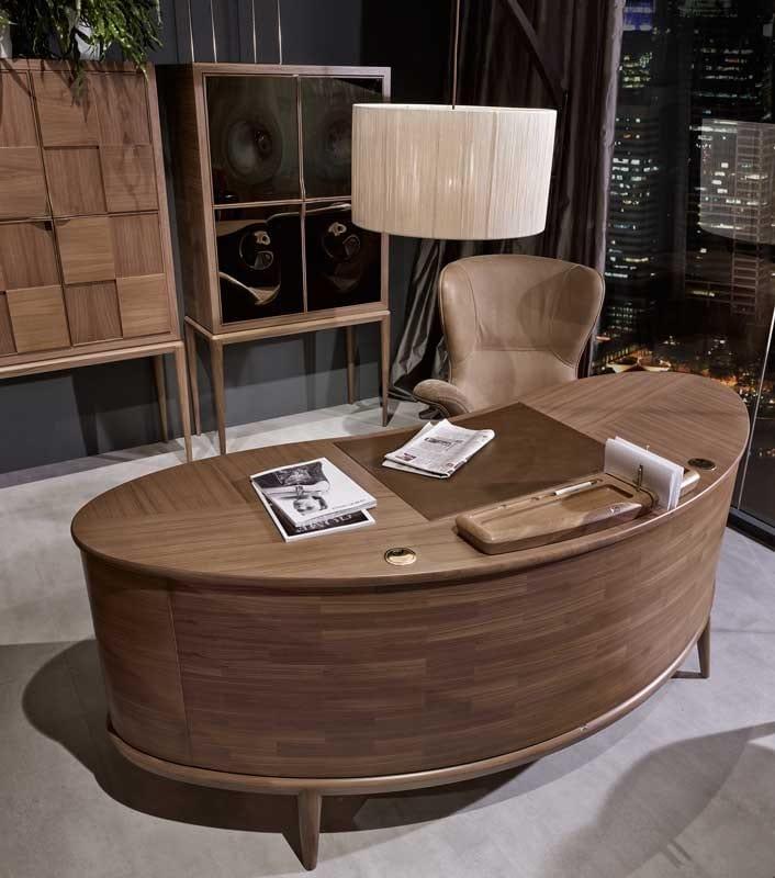 Monteverdi revolving armchair, Elegant swivel armchair for office