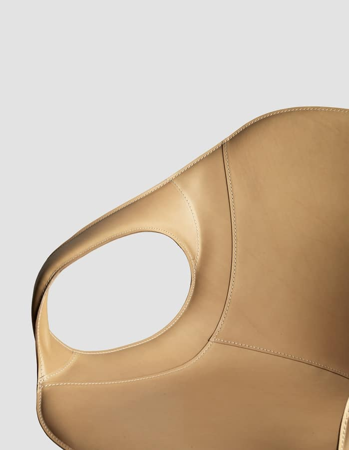 Elephant Slide Base leather, Chair with leather seat and sled base, for bars