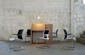 Omnia White Plus 05, Office chair with cantilever base