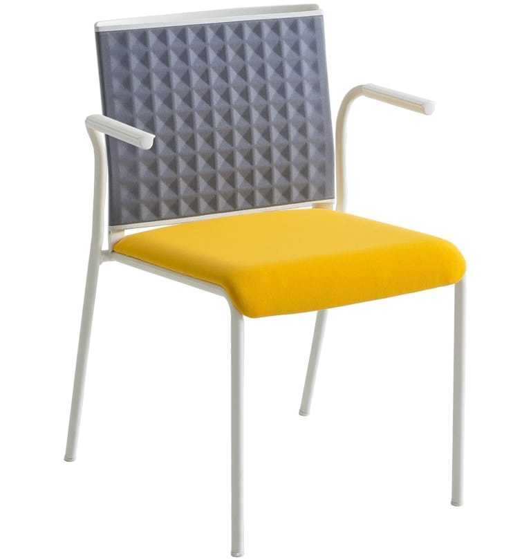 Teckel T B, Chair with thermoformed backrest, with armrests