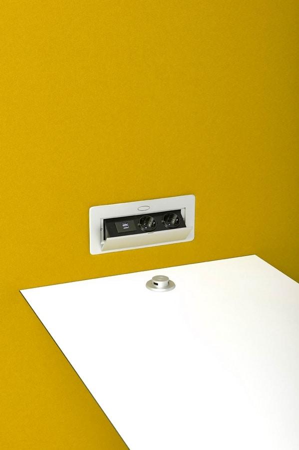 Circuit Multimedia Box, Office divider