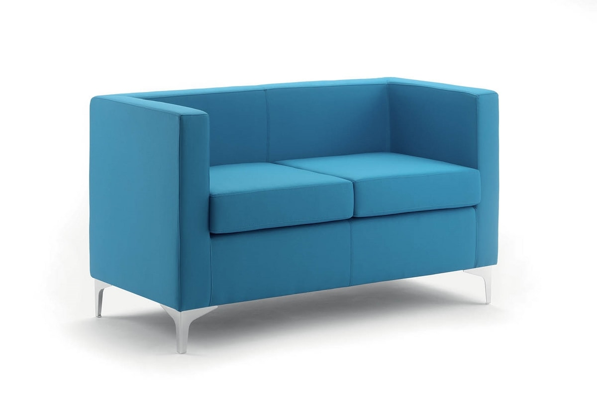 UF 164, Overstuffed sofa with metal feet, elegant and versatile