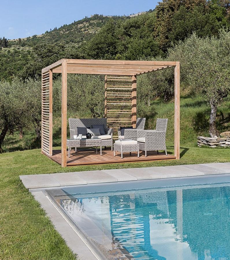 Saint Tropez 0807, Wooden gazebo
