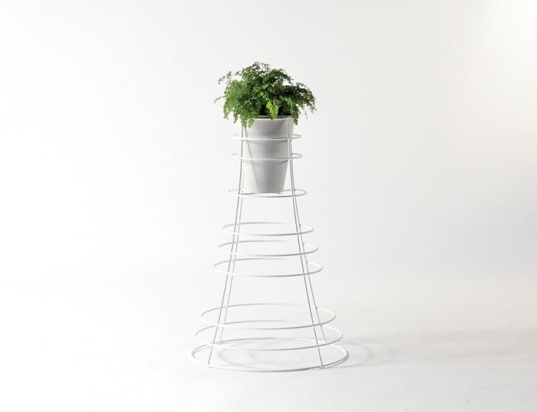 Vulcano, Iron pot holder for the garden