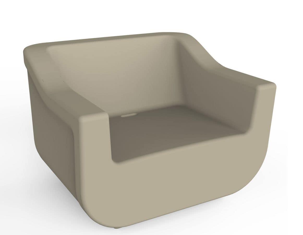 Cliff - P, Armchair in polyethylene, UV resistant