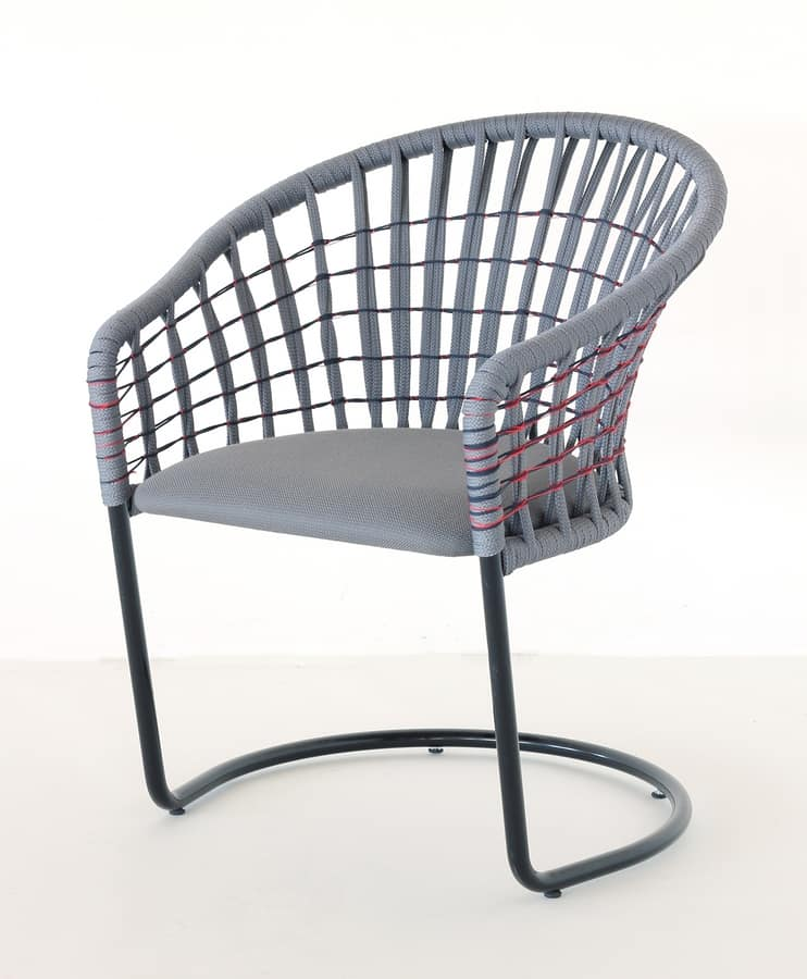 Flora, Outdoor chair with nautical rope interwoven