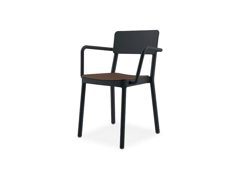 Lisboa armchair 1, Armchair in plastic and glass fiber, for hotels and restaurants