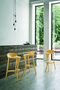 Shiver, Stackable barstool in tecnopolymer, for outdoor