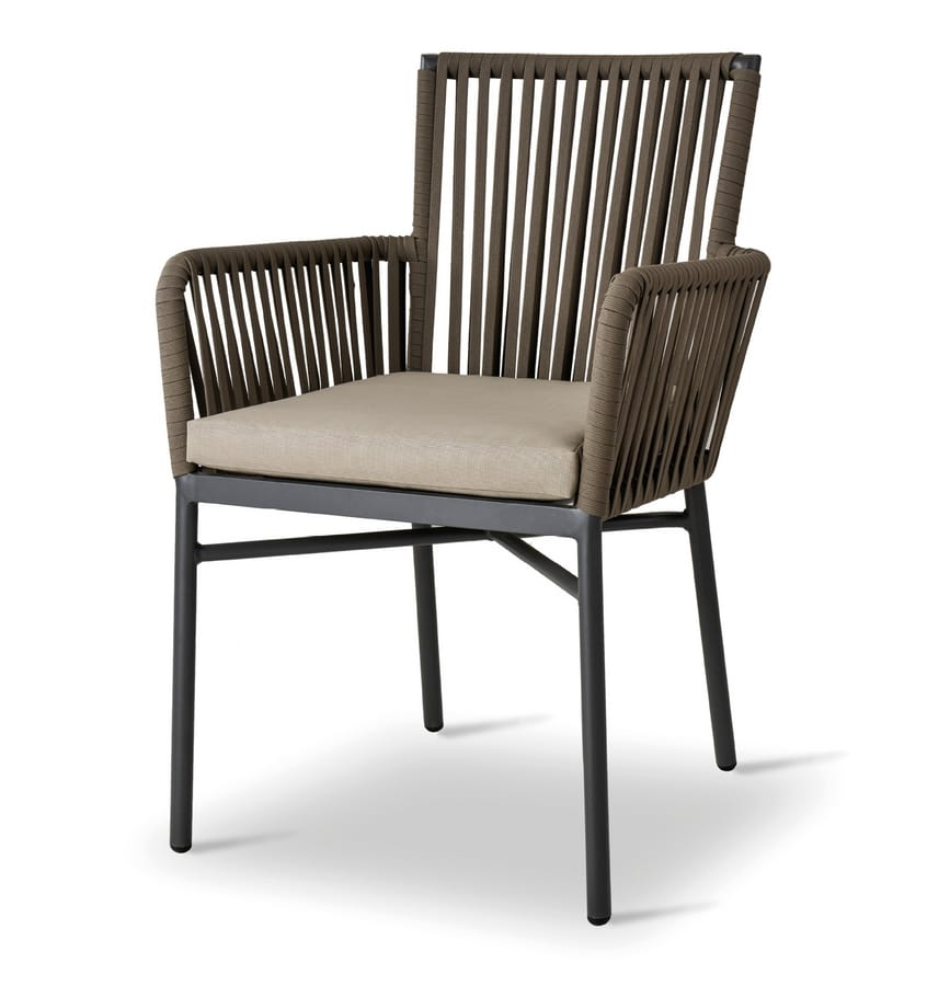 ARI, Outdoor chair with padded cushion