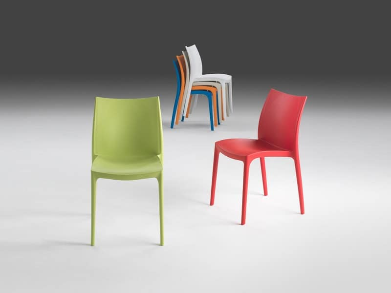 Brio, Stackable chair in plastic for indoor and outdoor use