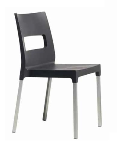 Dina, Stackable chair for outdoor restaurants and bars