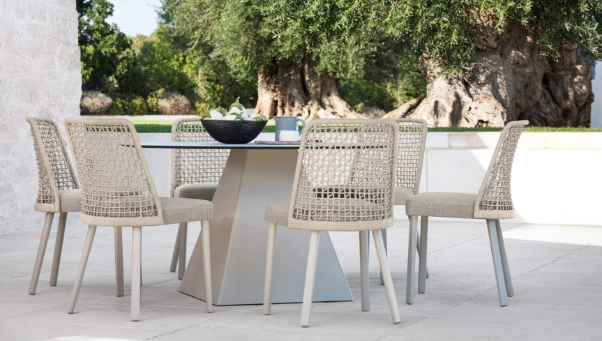 Emma chair, Outdoor chair with braided backrest