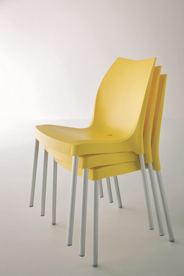 Tulip, Modern plastic chair for gardens and pools