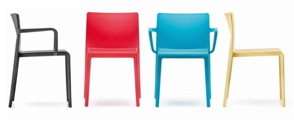 Volt, Stackable polypropylene chair