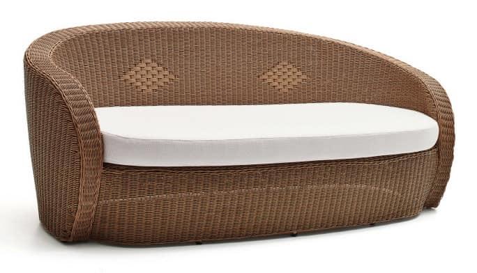 Bolero sofa, Woven plastic sofa, sinuous shapes, for outdoor use