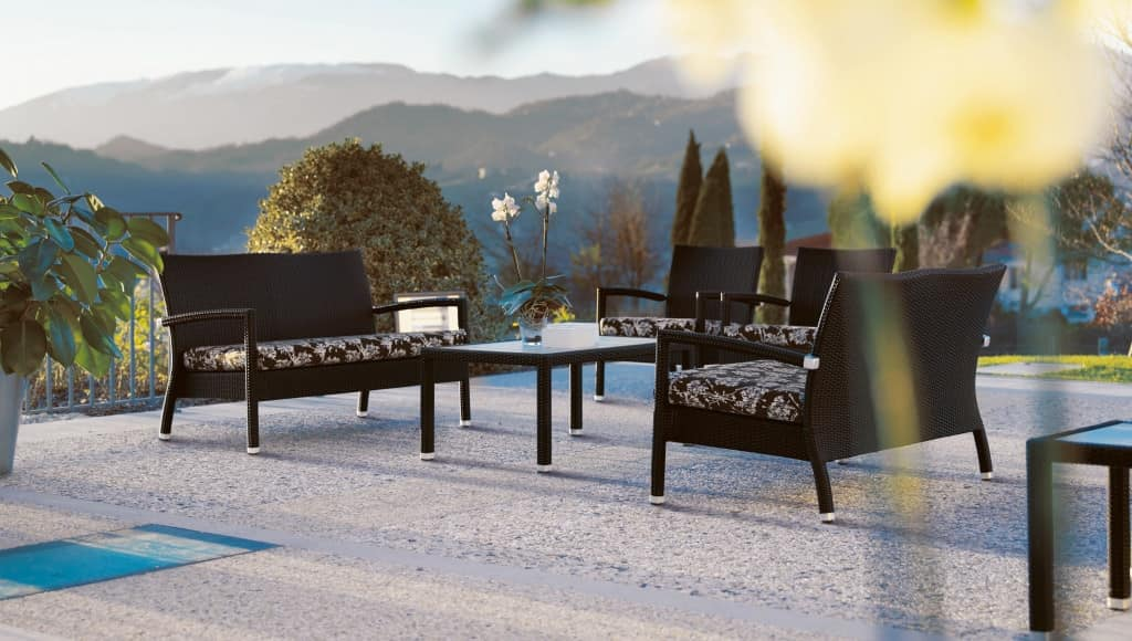 Lotus sofa, Stackable sofa in synthetic fiber and aluminum, for outside