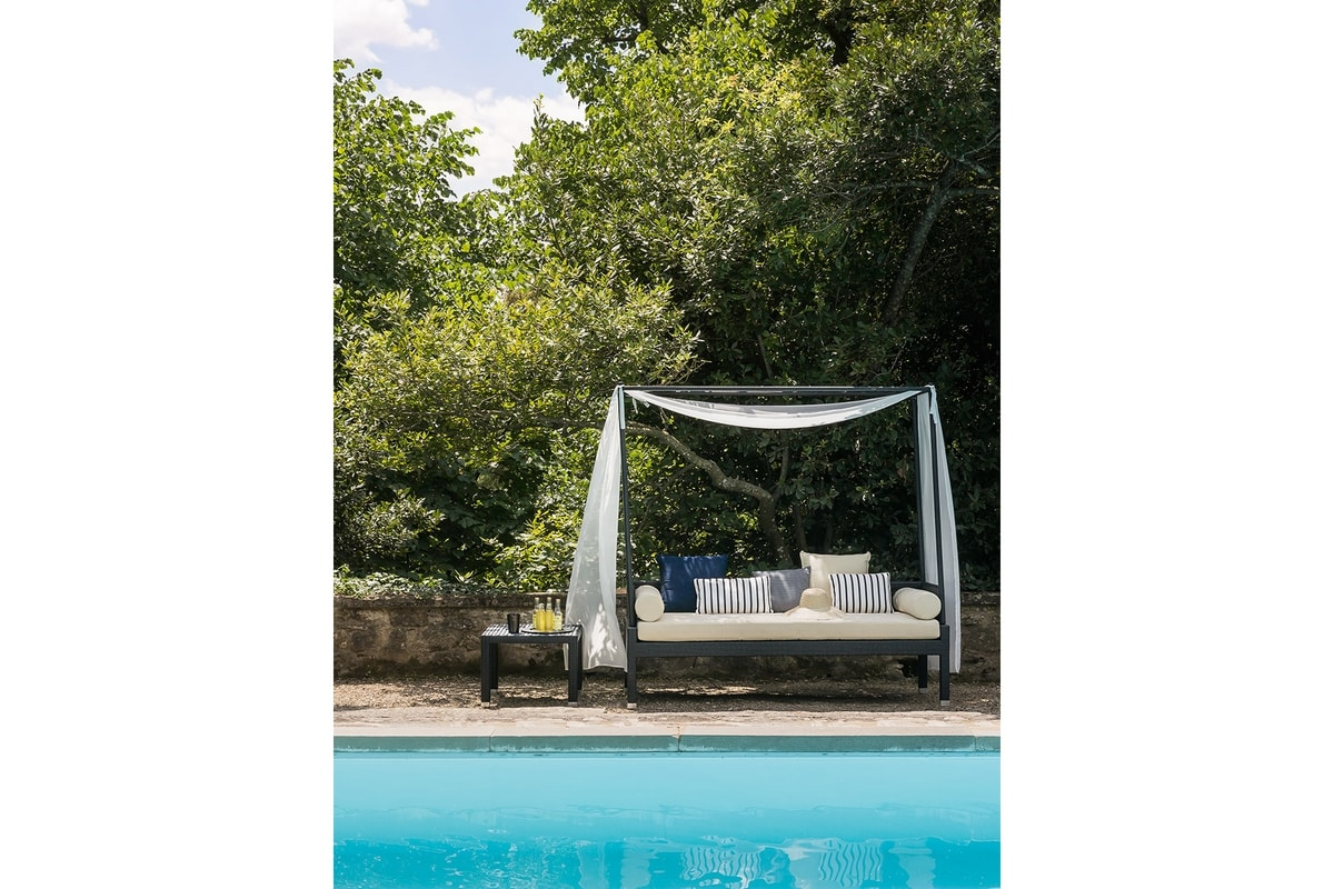 Maui 4507, Outdoor daybed