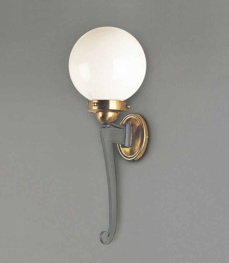 CAPRI GL3036WA-1, Outdoor lantern in iron and brass