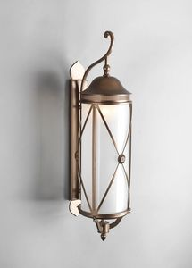 HILLS GL3016WA-3, Wall-mounted brass lantern
