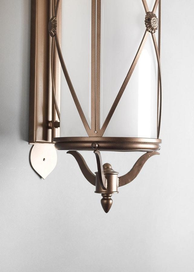 HILLS GL3016WA-3, Wall-mounted brass lantern