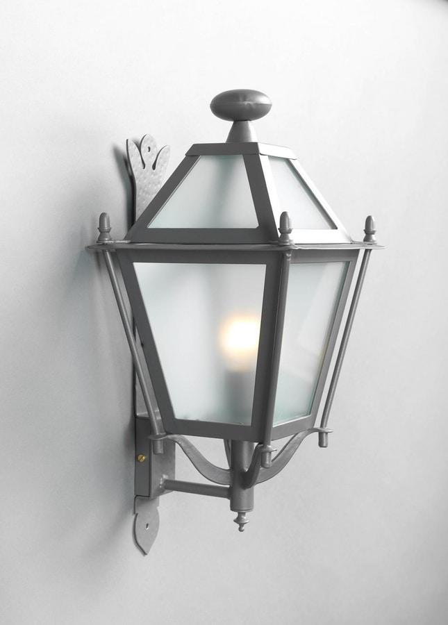 LUNGARNO GL3007WA-1ad, Wall-mounted iron lantern