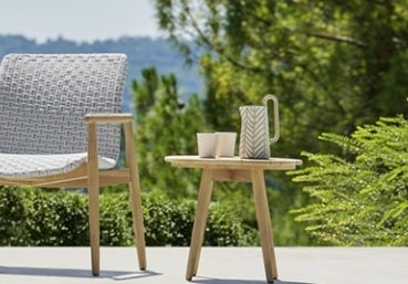 Lapis small table, Round teak table for outdoor use