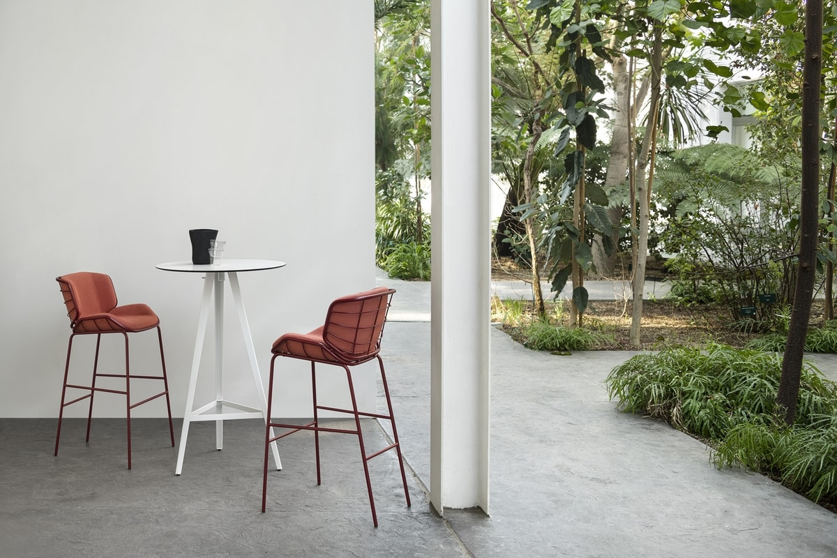 ART. 0083-MET STOOL SKIN, Metal stool, for outdoors and indoors