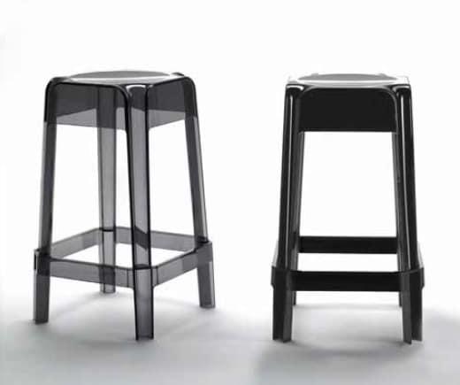 Rubik, Stackable stool in plastic