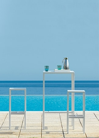 Seaside, Outdoor stool in galvanized steel