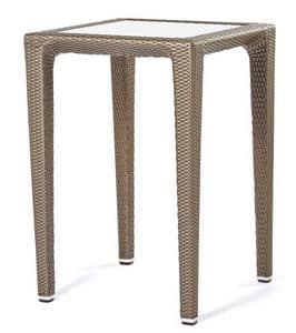 Altea table 1, High table in woven plastic, for drink zone