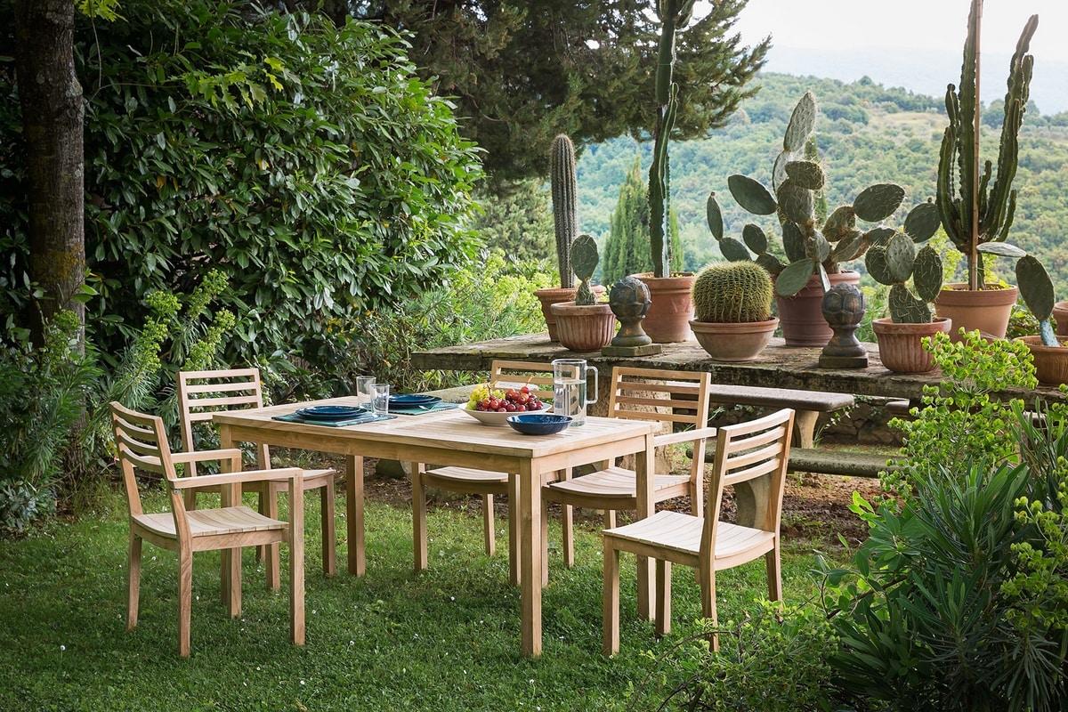 Dehors 0420, Teak wood table