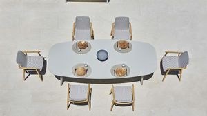 Ellisse table, Outdoor dining table