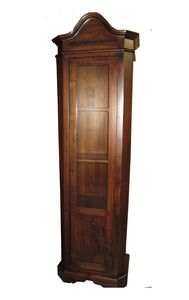 Art. 104, Wooden display cabinet at outlet price
