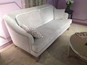 Helene sofa, Classic sofa with a contemporary imprint
