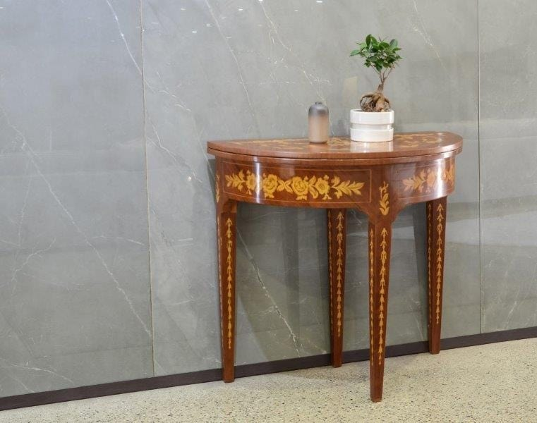 Art. 613, Table with folding openable top