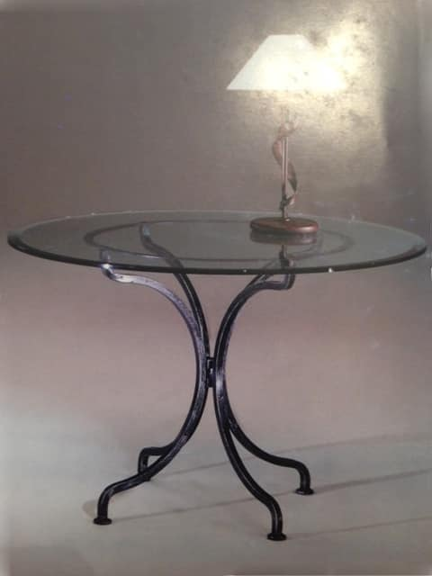 Diva TA/904, Round table with base in wrought iron