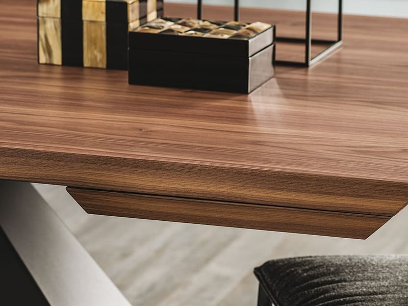 Eliot Wood, Extendable wooden table, outlet price