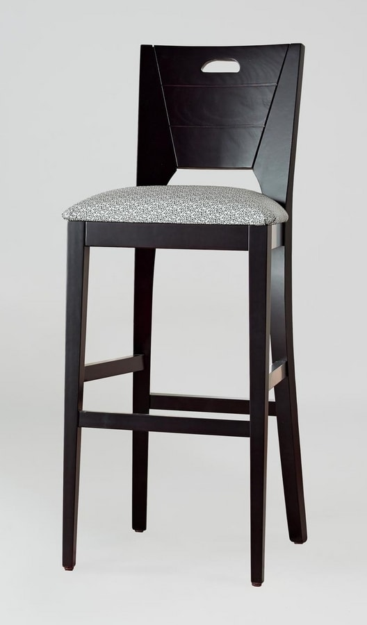BS132B - Stool, Stool in solid beech wood