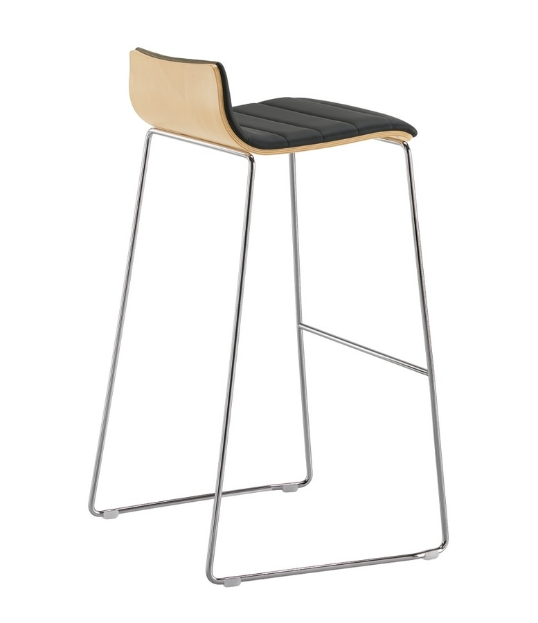 Q2 WIM, Stool with upholstered wooden shell