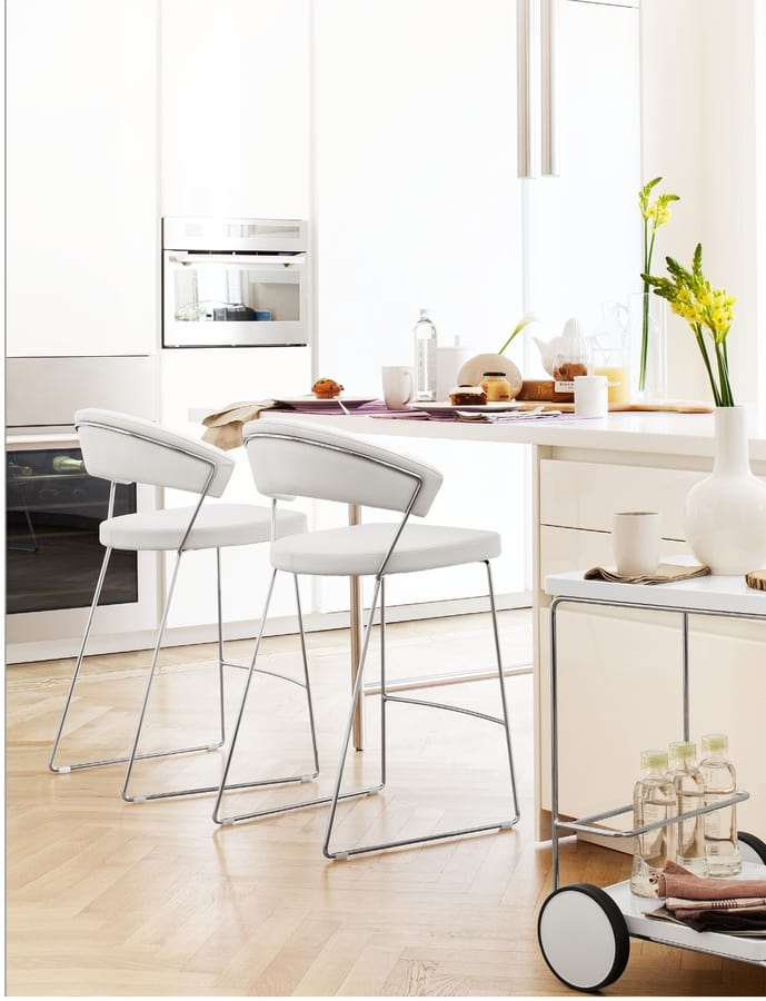 SG 230, Stool in metal covered in eco-leather