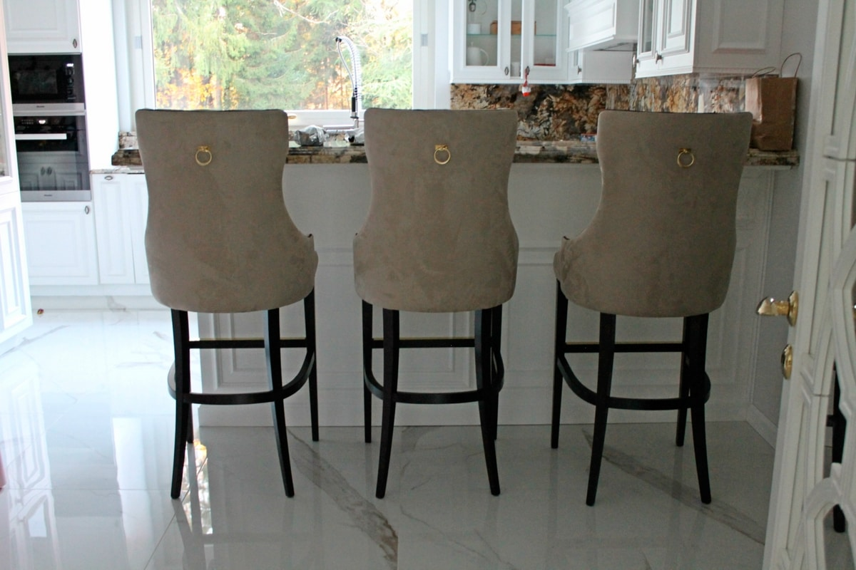 Vogue barstool, Tall bar stools