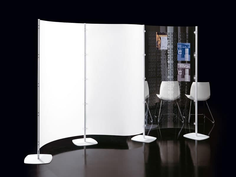 Arianna 3, Multipurpose wall in polycarbonate for libraries