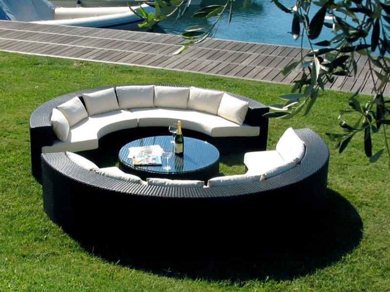 Sofa With Half Moon Shape And Coffee Table For Outdoor