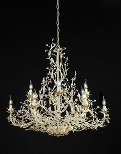 217112, Imposing chandelier