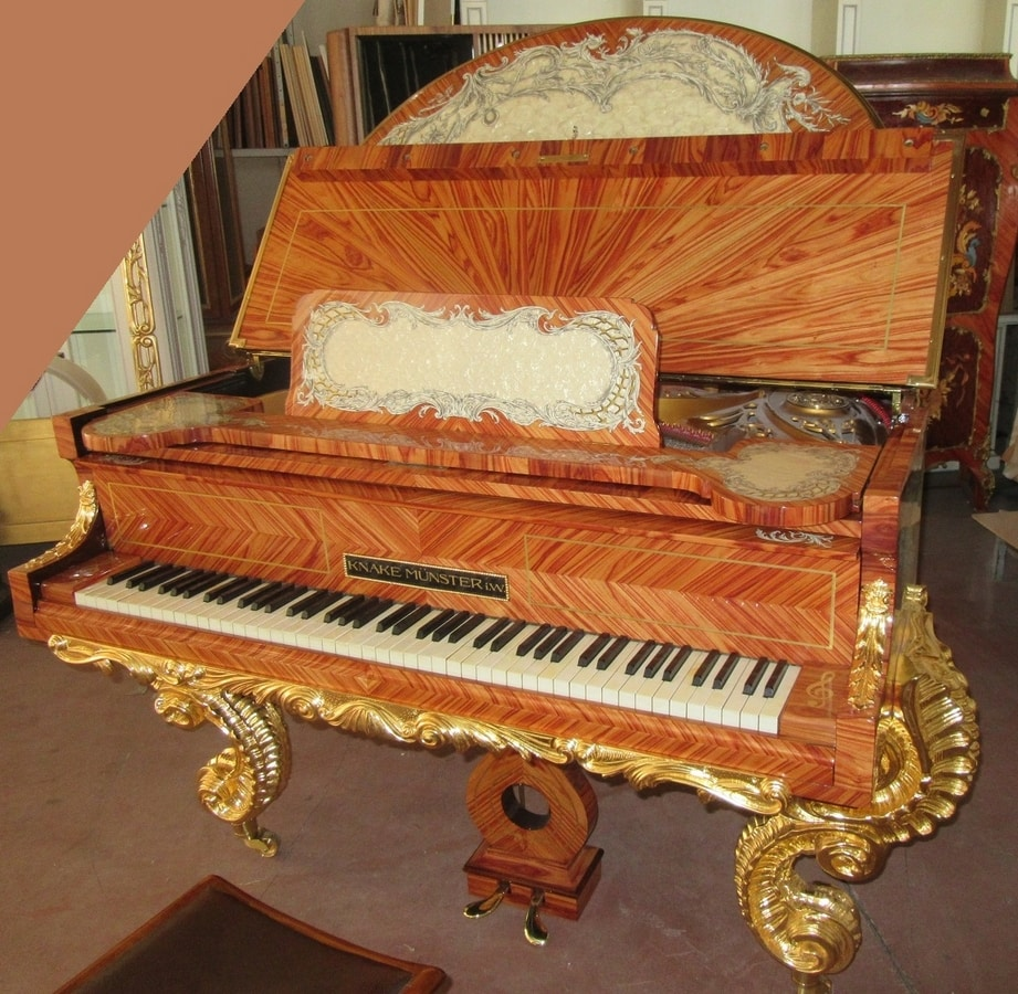 GrandPiano, Luxury piano with black china drawings