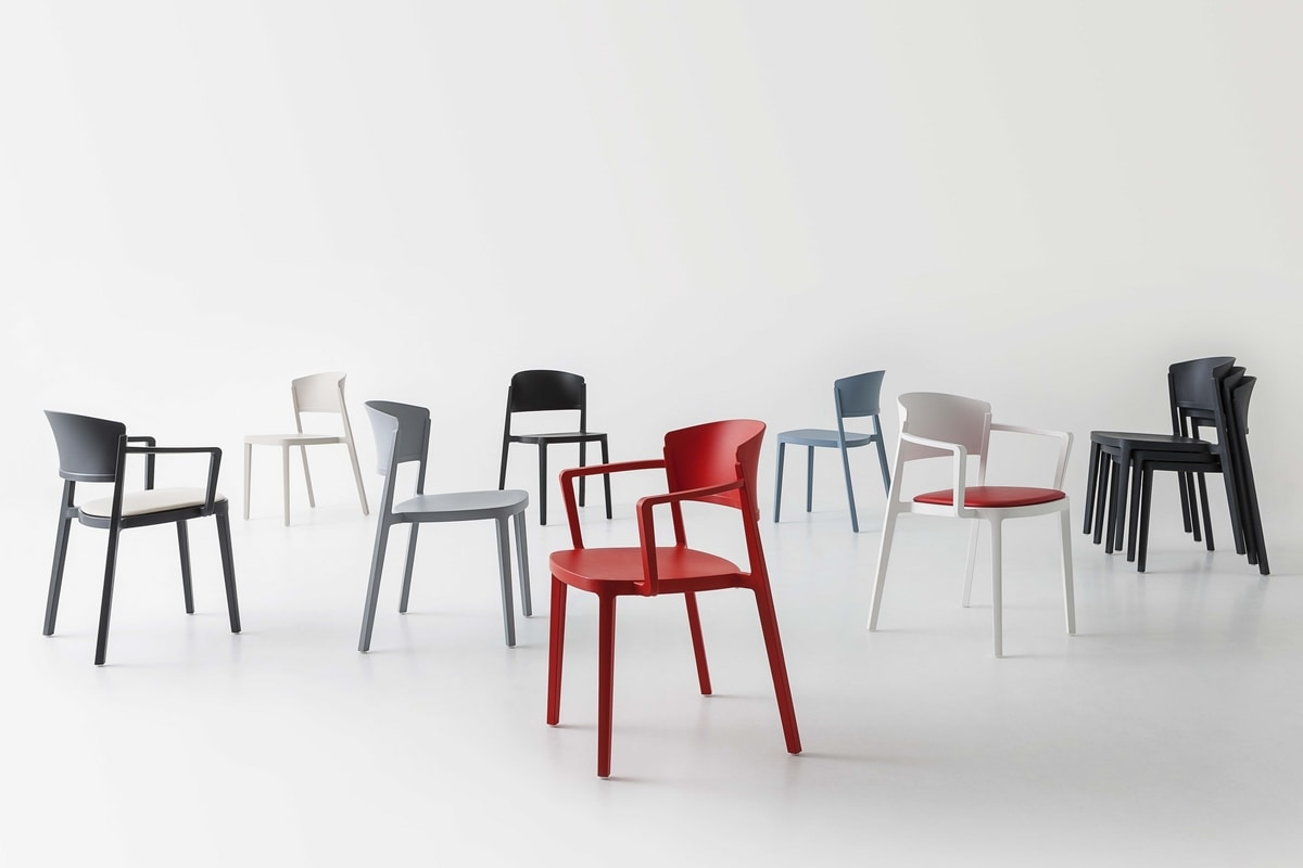 Abuela, Technopolymer chair for contract use