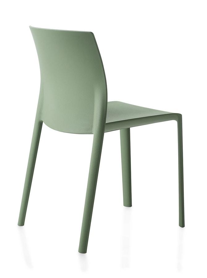 Klia, Stackable chair in polypropylene